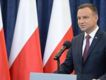 Polish president says he will veto 2 bills on justice
