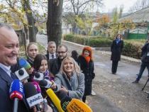 Moldovan court suspends president in political standoff