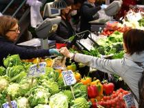 Croatia asked to revoke raised taxes for vegetables