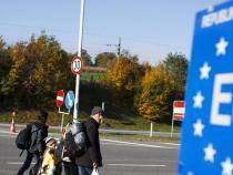 Migrants: repatriation centres in third countries - Austria