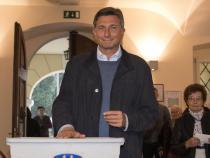 Slovenians choose president as Pahor seeks re-election