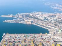 Harbours: Trieste-Koper, increasing traffic favours both