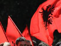 Albania, Brussels OKs EU candidature. Decision goes to 28
