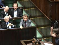Poland's lawmakers vote for more work on law on court