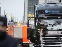 Manhunt underway in Germany for market attack suspect