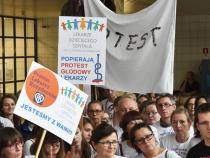 Poland, resident doctors hunger strike