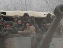 Ukrainian troops killed as cease-fire teeters on brink