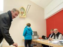 Exit poll, Nationalist party enters 3 German legislatures