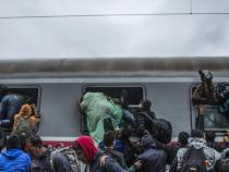 Croatia says 27,000 migrants have entered country