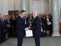 Polish prime minister shuffles government ahead of EU visit