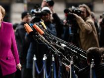 Progress on German government talks, deadline on Sunday