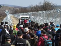 Migrants: Slovenia closes borders