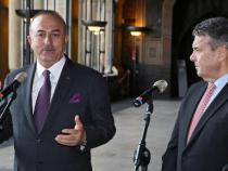 Germany, Turkey take small steps to restore friendlier ties
